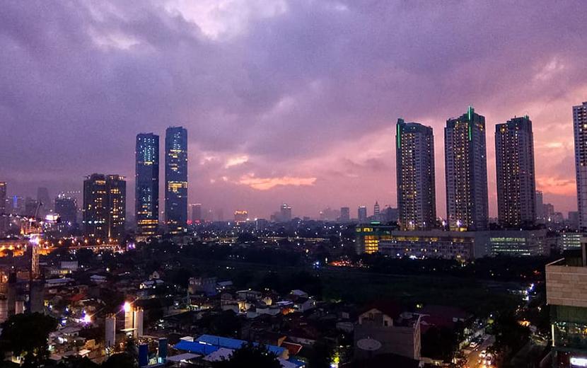 インドネシア、ジャカルタ夕景