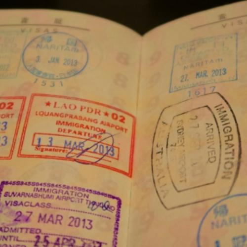 開いたパスポート